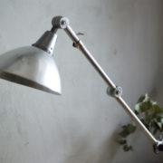 lampen-303-silberne-scherenlampe-midgard-mit-doppelarm-scissor-hinged-wall-lamp-04_dev