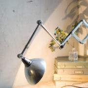 lampen-303-silberne-scherenlampe-midgard-mit-doppelarm-scissor-hinged-wall-lamp-06_dev
