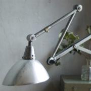 lampen-303-silberne-scherenlampe-midgard-mit-doppelarm-scissor-hinged-wall-lamp-13_dev