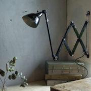 lampen-304-sehr-grosse-schwarze-scherenleuchte-midgard-dergm-big-old-wald-scissor-lamp-08_dev