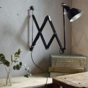 lampen-304-sehr-grosse-schwarze-scherenleuchte-midgard-dergm-big-old-wald-scissor-lamp-10_dev