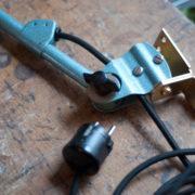 lampen-305-wandleuchte-midgard-hammerschlag-blau-hinged-wall-lamp-hammertone02_dev