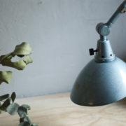lampen-305-wandleuchte-midgard-hammerschlag-blau-hinged-wall-lamp-hammertone16_dev