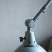 lampen-305-wandleuchte-midgard-hammerschlag-blau-hinged-wall-lamp-hammertone18_dev