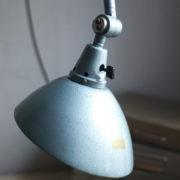 lampen-305-wandleuchte-midgard-hammerschlag-blau-hinged-wall-lamp-hammertone25_dev