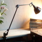 lampen-306-braune-tischlampe-midgard-drgm-originalerhalt-hinged-clamp-lamp-06_dev