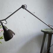 lampen-306-braune-tischlampe-midgard-drgm-originalerhalt-hinged-clamp-lamp-22_dev