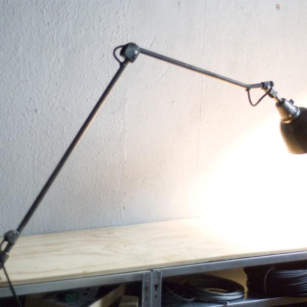 lampen-315-doppeltischarm-gelenklampe-midgard-121-mit-patina-task-table-hinged-lamp-33_dev