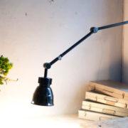 lampen-362-schwarze-gelenklampe-midgard-mit-krone-hinged-lamp-016_dev