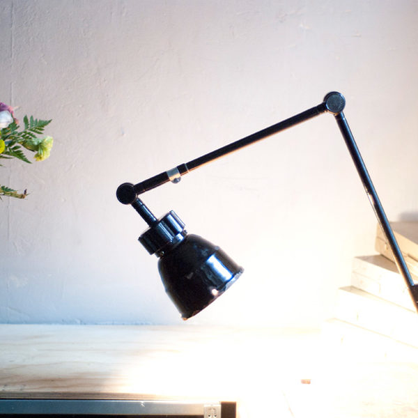 lampen-362-schwarze-gelenklampe-midgard-mit-krone-hinged-lamp-026_dev