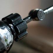 lampen-362-schwarze-gelenklampe-midgard-mit-krone-hinged-lamp-030_dev