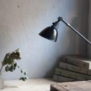 lampen-364-grosse-graublaue-scherenlampe-midgard-big-wall-scissor-lamp-001_dev
