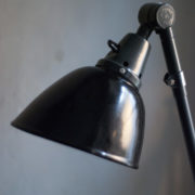 lampen-364-grosse-graublaue-scherenlampe-midgard-big-wall-scissor-lamp-011_dev