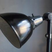 lampen-364-grosse-graublaue-scherenlampe-midgard-big-wall-scissor-lamp-013_dev