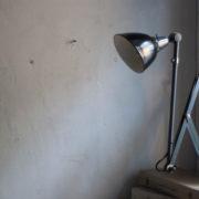 lampen-364-grosse-graublaue-scherenlampe-midgard-big-wall-scissor-lamp-014_dev