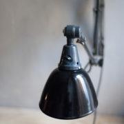 lampen-364-grosse-graublaue-scherenlampe-midgard-big-wall-scissor-lamp-017_dev