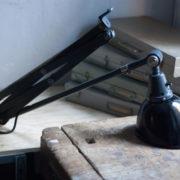 lampen-364-grosse-graublaue-scherenlampe-midgard-big-wall-scissor-lamp-023_dev