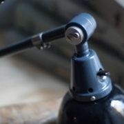 lampen-364-grosse-graublaue-scherenlampe-midgard-big-wall-scissor-lamp-024_dev