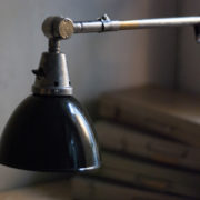 lampen-366-klarlackierte-gelenklampe-klemmlampe-midgard-clamp-hinged-lamp-009_dev