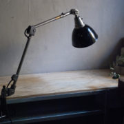 lampen-366-klarlackierte-gelenklampe-klemmlampe-midgard-clamp-hinged-lamp-020_dev