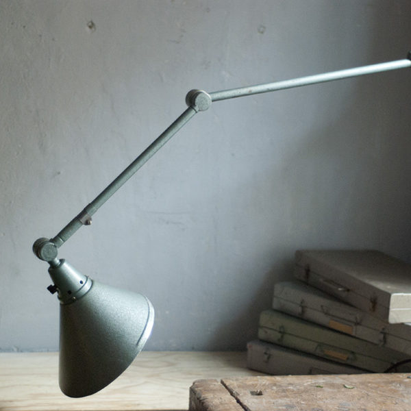 lampen-390-wandlampe-midgard-hammerschlag-gruenblau-wall-hinged-lamp-hammertone-017_dev
