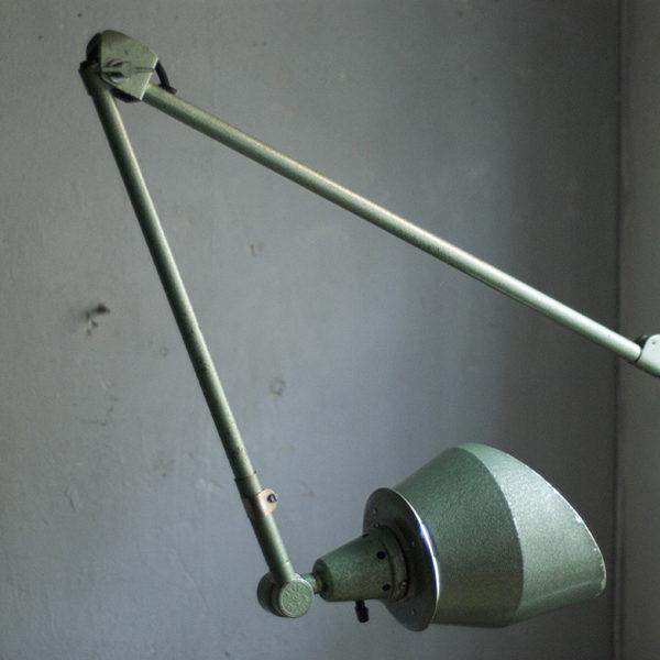 lampen-391-grosse-wandlampe-midgard-hammerschlag-gruen-wall-lamp-hammertone-015_dev
