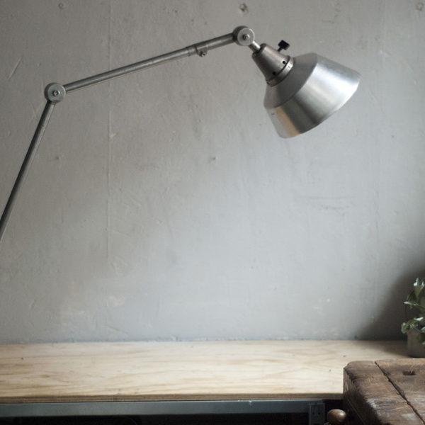 lampen-350-gelenklampe-midgard-stahloptik-clamp-lamp-021_dev
