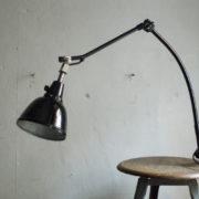 lampen-356-schwarze-gelenklampe-klemmleuchte-midgard-curt-fischer-126-bauhaus-hinged-clamp-lamp-15_dev