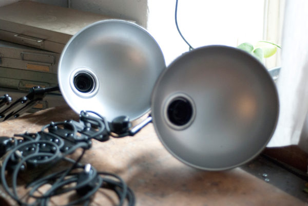 lampen-415-457-paar-scherenlampe-helion-bakelite-pair-scissor-lamps-004_dev