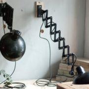 lampen-415-457-paar-scherenlampe-helion-bakelite-pair-scissor-lamps-018_dev
