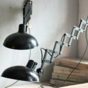 lampen-415-457-paar-scherenlampe-helion-bakelite-pair-scissor-lamps-033_dev