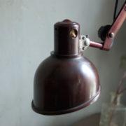 lampen-437-rote-scherenlampe-helion-mit-bakelitschirm-scissor-lamp-red-bakelite-006_dev