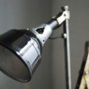 lampen--438-kurze-goldenen-scherenlampe-midgard-109-short-golden-scissor-lamp-02_dev