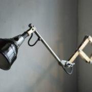lampen--438-kurze-goldenen-scherenlampe-midgard-109-short-golden-scissor-lamp-05_dev