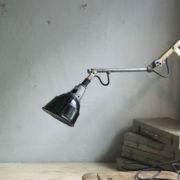 lampen--438-kurze-goldenen-scherenlampe-midgard-109-short-golden-scissor-lamp-09_dev