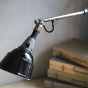 lampen--438-kurze-goldenen-scherenlampe-midgard-109-short-golden-scissor-lamp-14_dev