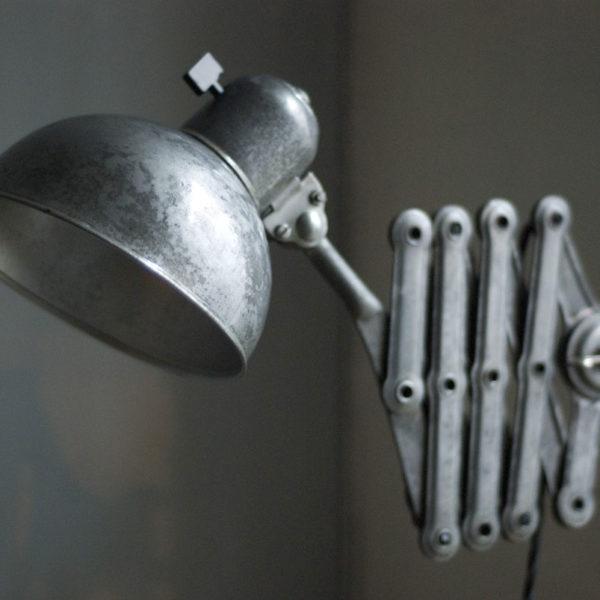 lampen-449-scherenlampe-kaiser-idell-6718-mondlampe-scissor-lamp-moon-13_dev