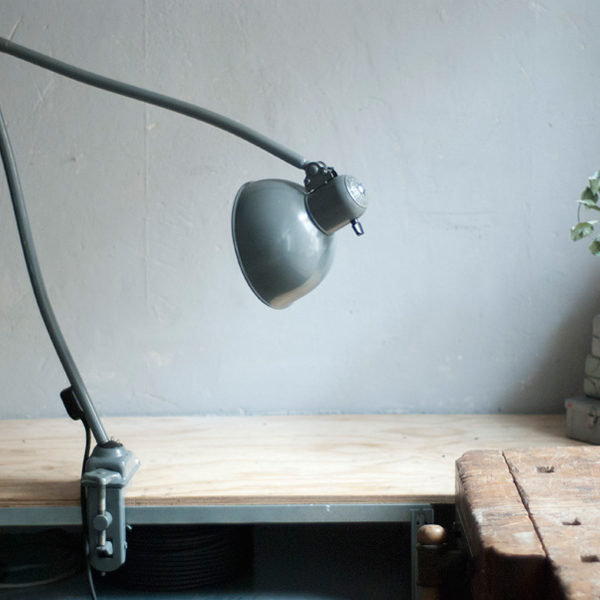 lampen-450-architektenleuchte-gelenklampe-klemmlampe-kaiser-idell-6726-clamp-architect-lamp-022_dev
