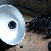lampen-456-alte-scherenlampe-helion-mit-breitem-schirm-scissor-lamp-bakelite-005_dev