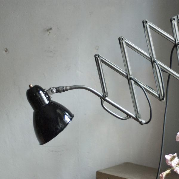 lampen-357-schrerenlampe-jacobus-hammerschlag-hammertone-scissor-lamp-010_dev