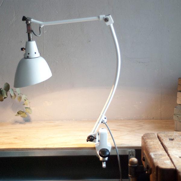 lampen-332-weisse-gelenklampe-klemmleuchte-klemmlampe-midgard-126-clamp-clamping-hinged-table-lamp-014_dev