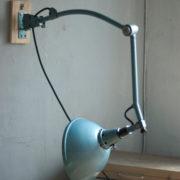 lampen-337-seltene-scherenlampe-gelenklampe-midgard-vorkrieg-wall-hinged-lamp-hammertone-022_dev