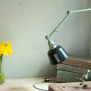 lampen-459-gruene-gelenklampe-midgard-emaillierter-reflektor-hinged-wall-green-lamp-007_dev