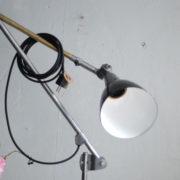 lampe-453-grosse-gelenklampe-midgard-emailliertem-reflektor-big-hinged-table-lamp-enamel-07
