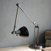 lampe-453-grosse-gelenklampe-midgard-emailliertem-reflektor-big-hinged-table-lamp-enamel-22