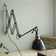 lampen-088-grosse-scherenlampe-midgard-drgm-stahloptik-big-scissor-lamp-006