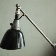 lampen-088-grosse-scherenlampe-midgard-drgm-stahloptik-big-scissor-lamp-013