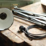 lampen-088-grosse-scherenlampe-midgard-drgm-stahloptik-big-scissor-lamp-030