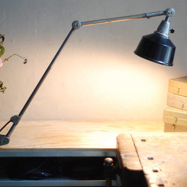 lampen-382-gelenklampe-midgard-ddrp-stahloptik-schzwarzer-aluschirm-hinged-clamp-lamp-09