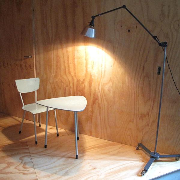 lampen-388-stehleuchte-midgard-ddrp-dreirollsternfuss-floor-standard-lamp-17